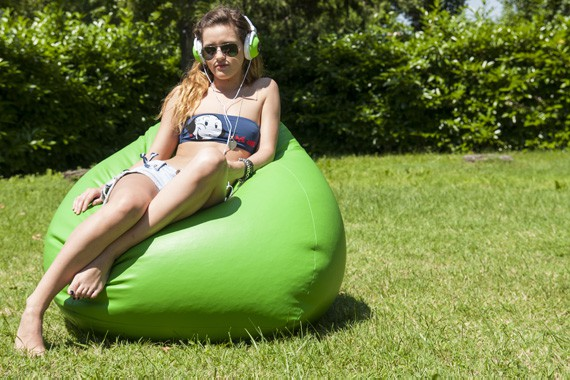 Poirò Midi: the midi-sized bean bag by Sofa Soft