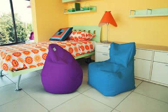 Poirò Mini: the small bean bag for kids by Sofa Soft