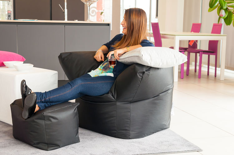Sofa Soft Poltrò e Piedò - The beanbag chair with footrest for the living-room