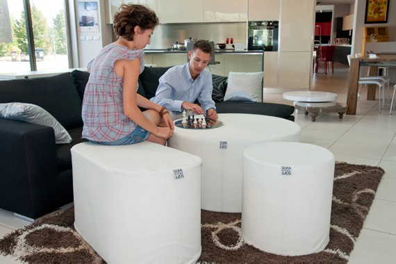 Rullò: the rigid cylindrical pouf by Sofa Soft